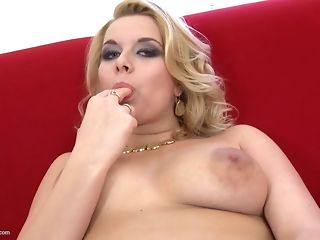 First-timer mummies With humungous Sexual Appetite In Solo Sessions porntube