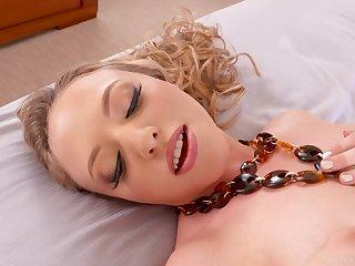 Gorgeous Babe Aubrey Star Horny Butt Fucking Scene
