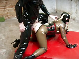 Bitch in latex costume, full charm anal ambience in doggy