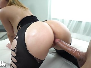 Awesome curvaceous knock Serena Skye gonna be fucked missionary