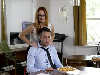 Office MILF wants the new guy's gumshoe before going home