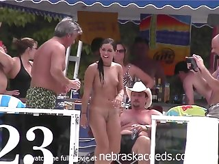 Pole Dancing And Naked 69 Waterfall - Public Nudity