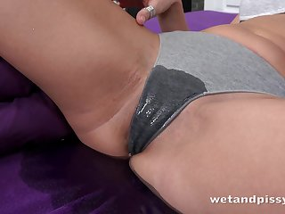 Spoiled XXX Ellen Milion pisses in bed and starts masturbating right away