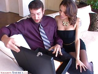 Sex-starved bitch Renata Fox goes forlorn on a beamy cock in frayed nylons