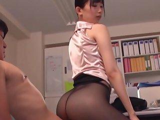 Hot bore secretary Kurokawa Sumire enjoys having sex all round her boss