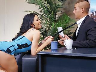 Sexy pornstar fucked anal at night tv show