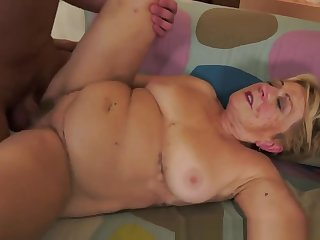 Fat Grandma Gets Hairy Pussy Pounded