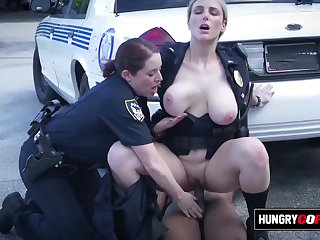 Mature cops take suspect parts to alley