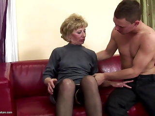 Prudish mature mama ass fucked and pissed on