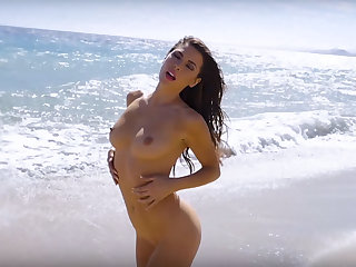 Sexually Attractive natural babe models show their hot desirable bodies