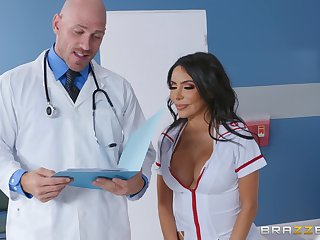 Curvy nurse fucked by the doctor with a patient heeding